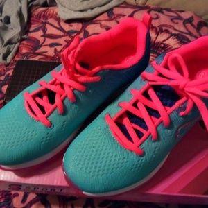 Girls Sport/Athletic Sneakers